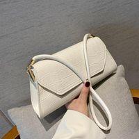 Shoulder Bags French Niche Retro Baguette Underarm Bag Female 2021 One-shoulder Portable Small Square