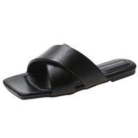 Zapatillas para mujer 2021 Moda de verano Diseño de moda cruzada Piso abierto Pisos Vintage Diapositivas casuales al aire libre Playa Female Flip Flops Joy7iyt