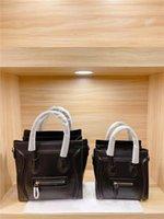 2021 Klassische Smiley-Gesichtstasche Top Handtasche einzigartige und erkennbare Handtaschen Marke-Name-Taschen High-End-Mode-All-Match-Kleider in zwei Größen erhältlich