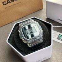 카카의 집 5600 남자의 석영 스포츠 시계 디지털 디스플레이 세계 시간 고품질 PU 밴드 전자 시계