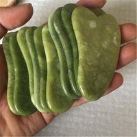 Gua sha kratzende Massagegesicht grüner Rosenquarz natürliche Jade-Steinbrettmassagen