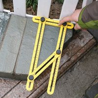 Règle outil à main Tool à main Quatre ensoleillis de mesure en plastique plastique Outils de mesure multifonctionnels Top Vente Multi Angle Foot