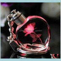 كريستال روز القلب مصباح يدوي سلاسل حامل تغيير متعدد الألوان الصمام الأنوار زوجين المفاتيح WNGWC ZFDQZ