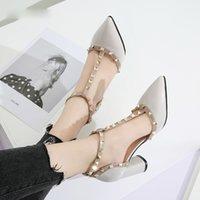 Платье обувь Sapatos de Salto Alto Com Tiras T, Largo Rebite, Sandália Couro Patentento, Sapatos Brancos Para Casamento, B5FA