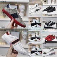 En Kaliteli Guccy GG Rahat Ayakkabılar Erkekler Kadınlar Inek Deri Yılan ACE Arı Nakış Kırmızı Yeşil Şerit Platformu Siyah Beyaz Luxurys Tasarımcı Elbise Sneaker Kutusu Ile