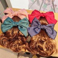 Big Wave Wigs Satin Ruban Bow Cheveux Peigne Peigne Pour Femmes Fake Faux Clip Combs Coupes à cheveux Pontérail Porte-Trail Accessoires