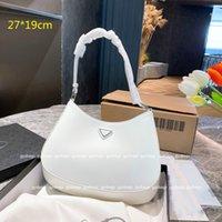 Sacs à main de luxe de luxe classiques Sacs petits concepteurs Sacs Shaber Sacs Lady Hobos Mode Sous-armes à main sac à main avec triangle en cuir verni de haute qualité PD21070202