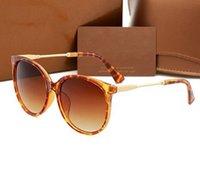 Großhandel Mode Sonnenbrille Brillen Outdoor Shades Bambusform PC Frame Klassische Dame Luxus Sonnenbrille Für Frauen A14