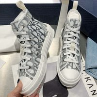Luxurys 디자이너 인쇄 캔버스 남자 캐주얼 신발 패션 B23 하이 탑 로우 탑 레이스 위로 흰색 회색 남성 운동화 여자 디자인 꿀벌 클래식 트레이너 최고 품질