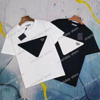 2021 Designer Mens Womens T-shirts Dreiecks-Label-Buchstaben Mann Paris Mode T-shirt Top Qualität T-Shirt Straße Kurzarm Luxurys T-Shirts Weiß Schwarz 05