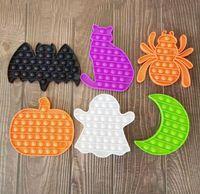 100PCS DHL Halloween Theme Bubble Popping Fidget Toys Rat Pumpkin Spider Cat Moon Hallowmas Image Sensory push Pops Poo-its Finger Puzzle Party Gift Kids