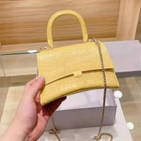 2021 lujos de lujo diseñadores famosos para mujer bolsa de hombro moda cocodrilo cocodrilo dorado color reloj bolsos cadena cosmética bolso bolso cruz cuerpo bolsas cocodrilo