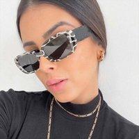 خمر فريد من نوعه زيبرا نمط طباعة النظارات الشمسية للنساء ماركة نظارات الشمس مربع صغيرة أنثى ليوبارد التدرج ظلال UV400