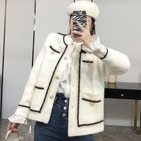 Winter Women's Jacket Round Neck Long-sleeved Pearl Single Breasted Patchwork Short Woolen Coat Fashion 8D47 Jackets