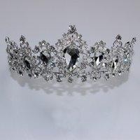 Tiaderas copricapo retrò corona nuziale sposata Baroque Queen dorato / rosso / verde / argento Colore per opzione Abito da sposa Accessori Crystal Handmade White K Diamond