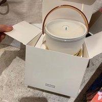 داخلي العطر شمعة Lair du Jardin Ile Blanche Feuilles Dor Dor Dor Dor II Neige العلامة التجارية في صندوق الشموع 220g