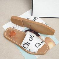Fahsion Classics Kadın Terlik Bayanlar Çevirme Loafer'lar Siyah Beyaz Kırmızı Mavi Pembe Kahverengi Yeşil Slaytlar Ayakkabı 01
