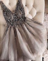 Gray Cocktail Dresses 2021 V-Neck Sparkles Sequins Beading Tulle Short Prom Dresses Vestidos De Gala Women Graduation Gown Robe