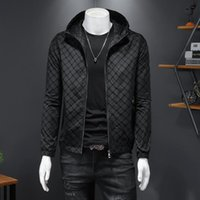 Männerjacken übergroßen Männer Kapuzenjacke Toller Designer Argyle Design Schwarzer Hoodie mit Hut Oberbekleidung Mantel Kleidung JK8828