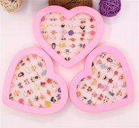 36 pcs / conjunto bonito dia infantil jóias de plástico crianças anéis meninas com estilo coreano misturado estilo resina estilo aleatório sem caixa 28 y2