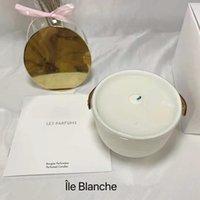 Aromaterapi Parfüm Mum Koku 220g Dehors II Neige Feuilles D'Or LLE Blanche L'Air du Jardin ile mühürlü hediye kutusu