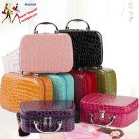 Women Beauticians Cosmetic Bags Travel Handbags PU Leather Organizer Makeup Bag Wash Elegant Cosmetics Case