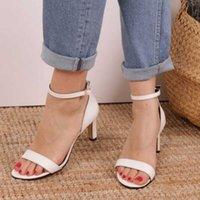Sapatos de vestido Carrie Multi Opções de cor Curto saltos Mulheres Sandálias Zapato de Mujer Tacon Mulher Pointy Toe
