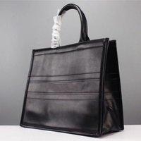 تصميم فاخر بلون جلدية جلدية حروف تنقش حمل حقيبة تسوق كبيرة الحجم بسيط أنيق مزاجه الأزياء حقيبة السفر الكمبيوتر