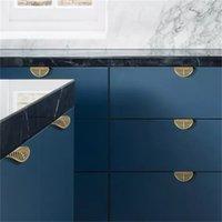 Forma de hojas gabinete de puerta de latón perillas de muebles antiguos manijas cajones tiras de cocina alacena de cocina mando de oro y asas 603 r2