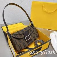 디자이너 여성 바게트 가방 Luxurys 어깨 가방 레트로 패션 항목 2021 unterarm 토트 지갑 크로스 바디 고품질 갈색 클래식 편지
