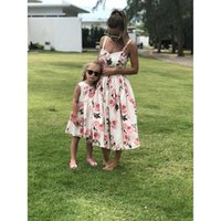Family Matching Outfits Mother And Daughter Clothes Sleeveless Floral Dress For Mommy Me Kids Girls Mom Dresses