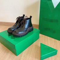 Big size Boots Women Platform Fashion Young Lady Mid-Calf Boot Chunky Woman Winter Shoes Thick Heel Designer KJMLL0003