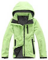 2021 Hot Winter Women's Hoodies Softshell Giacche Fashion Apex Apex Bionic Antivento Termico per escursioni Camping Ski Down Abbigliamento sportivo