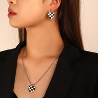 Enamel Love Heart Pendant Necklace Black and White Checkerboard Heart Charm Earrings and Necklaces Set for Women Jewelry Sets