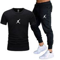 2021 الرجال عارضة الصيف رياضية الملابس الرياضية ثياب قطعتين t-shirt ماركة كرة السلة الجري الرياضية اللياقة البدنية البلوز السراويل