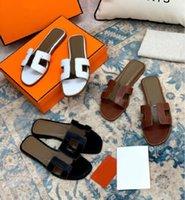2021 Tasarımcı Kadın Sandalet Bayanlar Lüks Hakiki Deri Terlik Düz Ayakkabı Oran Sandal Parti Düğün Ayakkabı ile Kutusu Boyutu 35-42