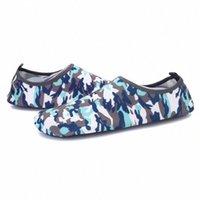 Hommes Femmes Surf Aqua Sports Summer Water Shoes Extérieur Ultra Lumière Slip sur la plage Swim Piscine décontractée Perque douce Peau Diving respirante H3JD #