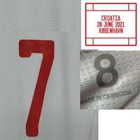 Home Têxtil 2021 Jogador desgastado Edição Morata Torres Olmo Moreno Pedri com jogo MatchDetails Futebol Patch Badge