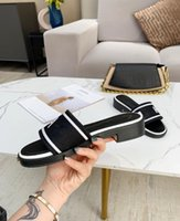 40% Rabatt Italien Ass Männer Frauen Sandalen Luxus Designer Schuhe Hausschuhe Pearl Snake Print Slide Mit Original Box