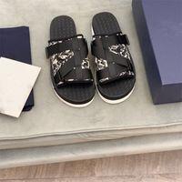 디자이너 남자 Sippers 알파벳 샌들 패션 붕대 버클 비스듬히 엇갈린 여름 야외 플립 플롭 플랫폼 추세 캐주얼 슬리퍼 신발 상자