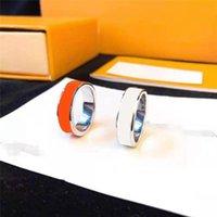 Модное кольцо для мужчин Женщины Унисекс Любовь Кольца Мужские Женщина Ювелирные Изделия 4 Цветные Подарки Роскошные аксессуары