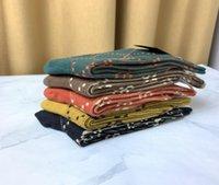 Mens Mulheres Luxo Meias Meias de Lã de Alta Qualidade Ruas Sênior Confortável Knee Sock Designer