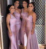 아프리카의 하나의 어깨 신부 들러리 드레스 독특한 디자인 2021 새로운 전장 웨딩 게스트 가운 주니어 하녀 명예 드레스 리본 탄성 실크와 같은 새틴 파티