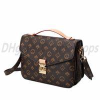 최고의 고품질 luxurys 디자이너 가방 패션 여자 크로스 바디 클러치 어깨 가방 편지 핸드백 숙녀 지갑 2021 포켓 메신저 토트 가방 지갑