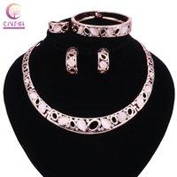 Juego de joyas de fiesta de moda Pink Cat Eye Opal Rhinestone Drop Collares Pendientes Brazalete Conjuntos de anillos para mujeres / niñas