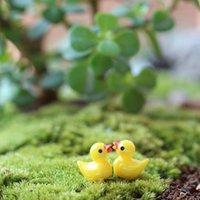 Jaune Duck Fairy Jardin Miniatures Accueil Ornement Poupée Jouet Pendentif Mousse Lichen Micro Paysage Naturelle Résine Naturelle Résine Arts Artisanes Cadeaux Cadeaux