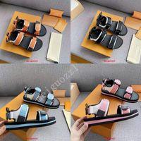 2021 Marca Mulheres Sandálias Designer Homens Casuais Sapatos Verão Ao Ar Livre Moda Luxo Senhoras Sandália Alta Qualidade Flat Beach Shoe 35-45
