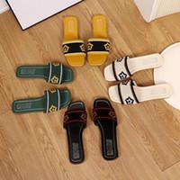 Designer Slides Neueste Square Head Flat Bedruckte Sandale Slipper Outdoor Mode Casual Flip-Flops Beach Hausschuhe EUR35-40