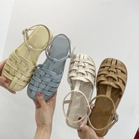 Sandals Fashion Womens Shoes 2021 Breathable Closed Toe All-Match Suit Female Beige Summer Heels Luxury Retro Flat Black Com