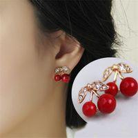 Kvinnor söta röda körsbär örhängen avancerad produktion av zinklegeringsmaterial kristall stud örhängen 1530 v2